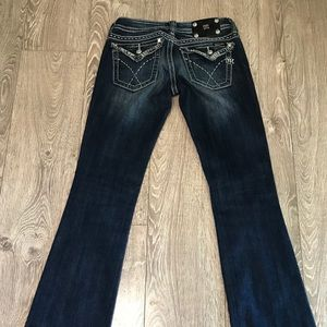 MISS ME BOOTCUT JEANS SIZE 27